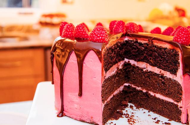 Screen+Shot+2013 02 12+at+10.41.00+PM - Raspberry Chocolate Cake