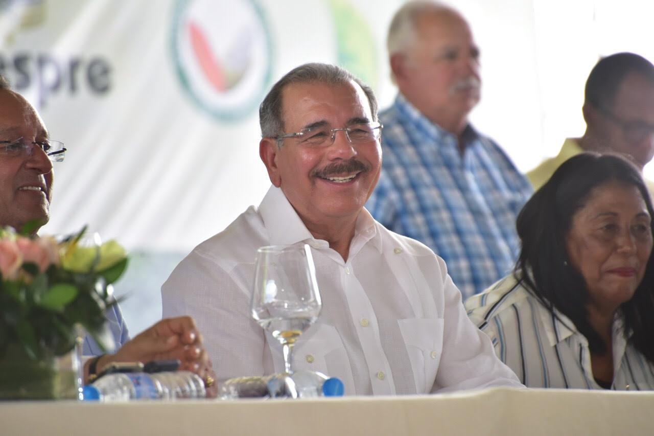 VIDEO: Danilo celebra Día del Agricultor; anuncia aumento salarial para técnicos del sector