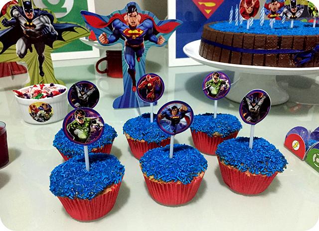Decoração Festa da Liga da Justiça - Super Heróis : Cupcakes