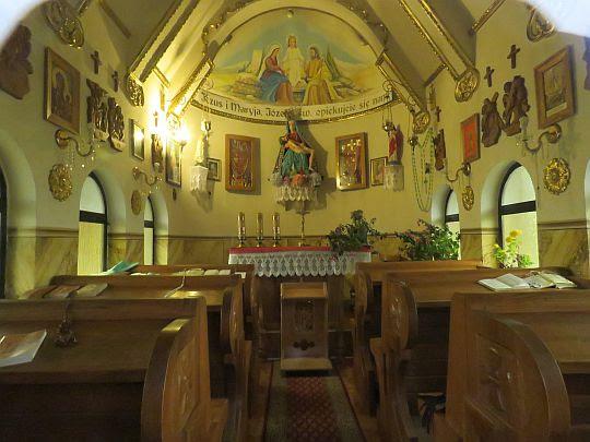 Wnętrze Kaplicy Świętej Rodziny.