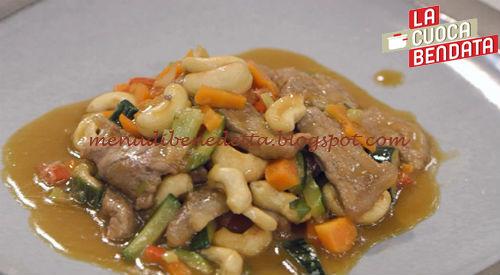 La Cuoca Bendata - Manzo con gli anacardi ricetta Parodi