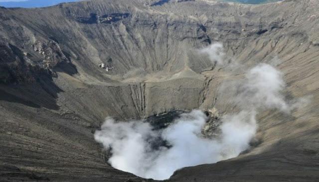 Wisata Kawah Gunung Bromo