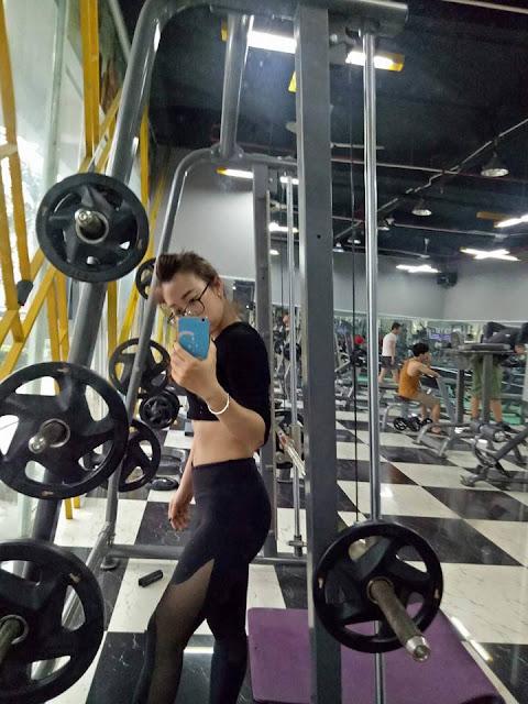 hot_girl_trong_phong_gym