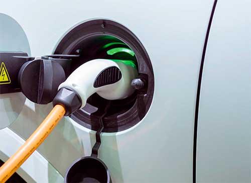 Instalaciones eléctricas residenciales - Carga de un vehículo eléctrico