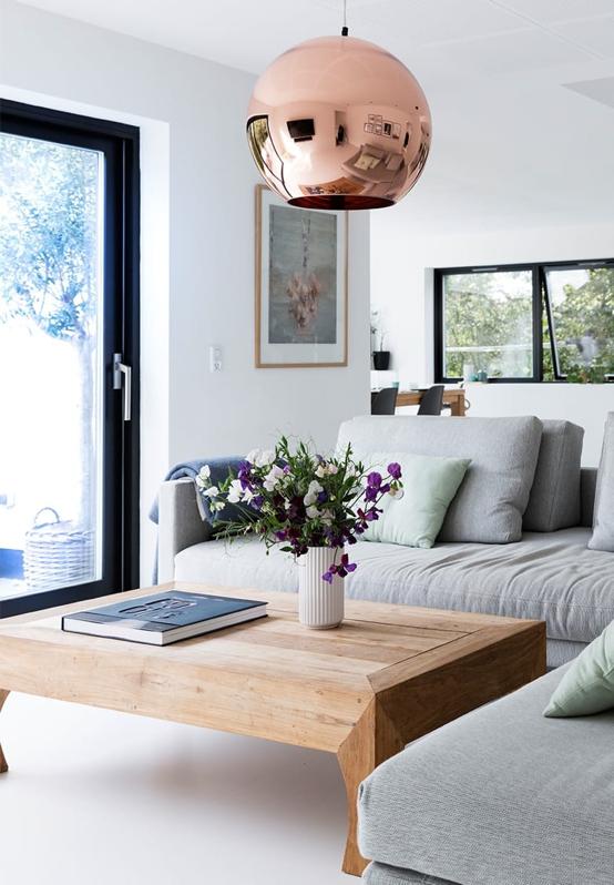 mesa de centro de madera natural
