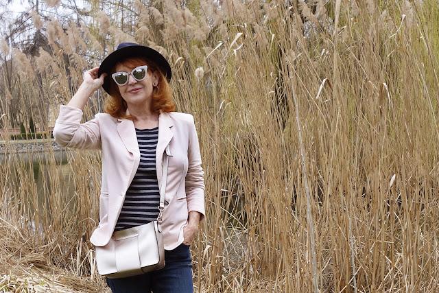 Jarný outfit, sako z teplákoviny a hryzenie svedomia