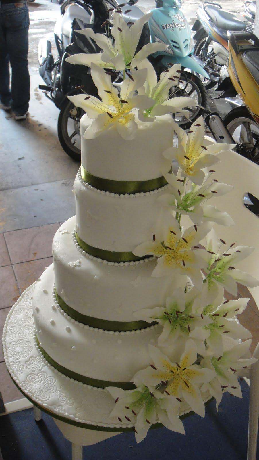 Cake Expressions Amp Sugarcraft Simple Wedding Cake