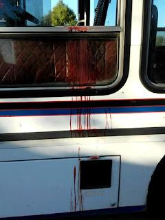 """Así quedó el colectivo de la línea 620 tras el crimen del colectivero. Foto:Gentileza Facebook """"Robi de Lanus"""""""