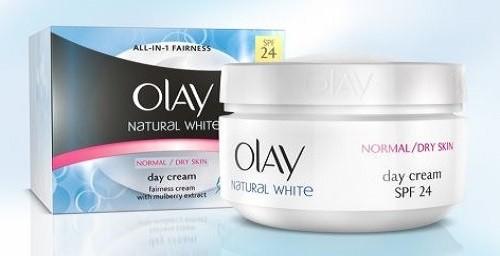 كريم تفتيح للبشرة هو Olay Natural White Day Cream