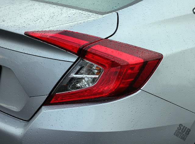 2016 Honda Civic taillight