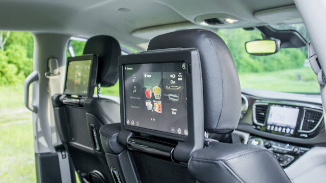 2017 New Chrysler Pacifica on review  back lcd tv
