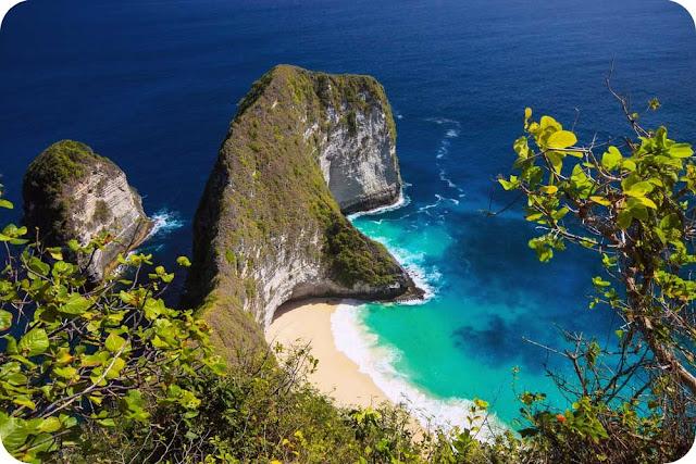 Kelingking+Beach+Nusa+Penida+Bali