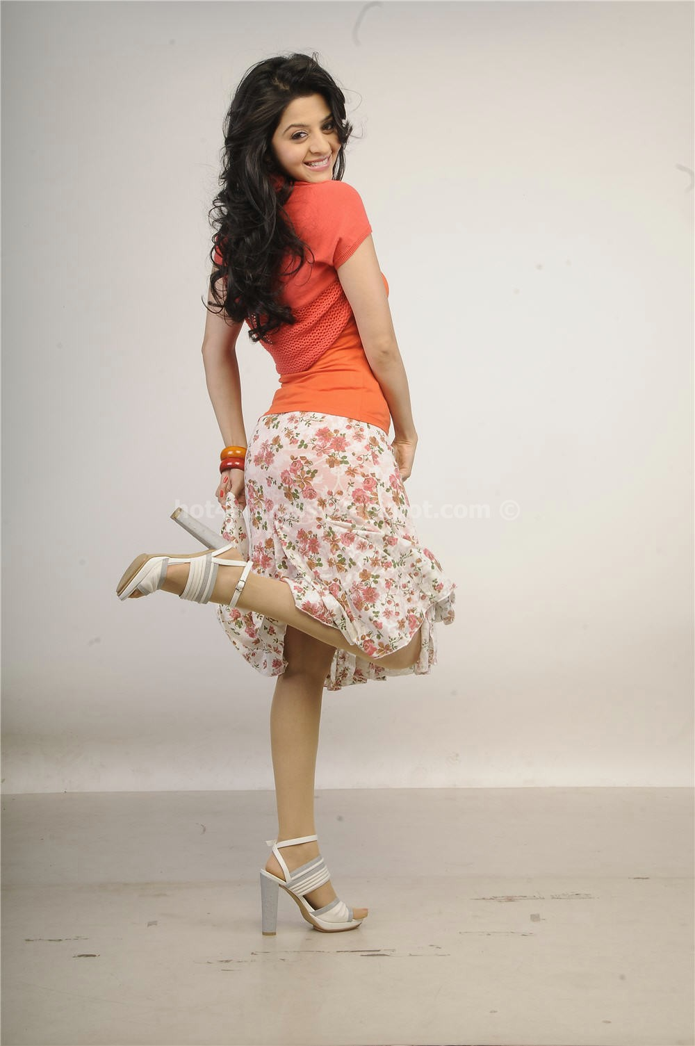 Vedhika latest spicy photo shoot gallery