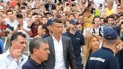 Ditanya Siapa Penggantinya di Real Madrid, Cristiano Ronaldo Sindir dengan Senyuman