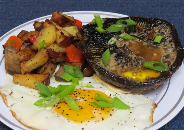 healthy breakfast with eggs, eggs baked in the portobello mushrooms, loaded scrambled egg