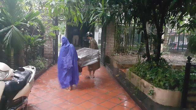 chuyển nhà trời mưa