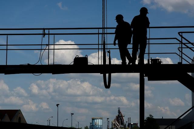 Safety, Bekerja di ketinggian, Permen, Regulasi Pemerintah, Permenaker no 09 tahun 2016, aturan tentang bekerja di ketinggian, Regulasi pemerintah tentang pekerjaan di atas ketinggian, aturan tentang working at height,