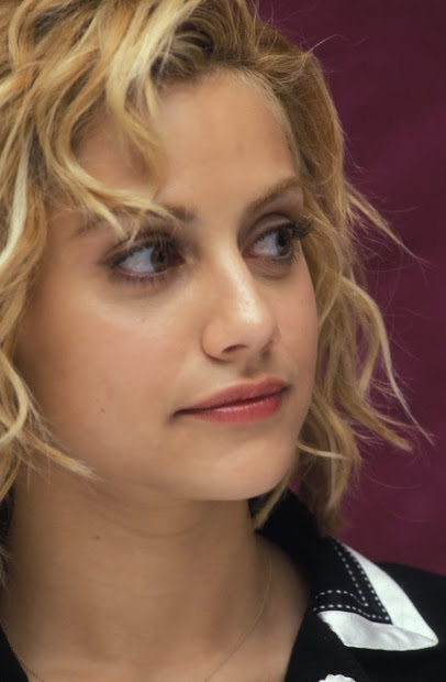 Wallpaper Brittany Murphy Died Of Acute Pneumonia Complicated Therapeutic Drugs
