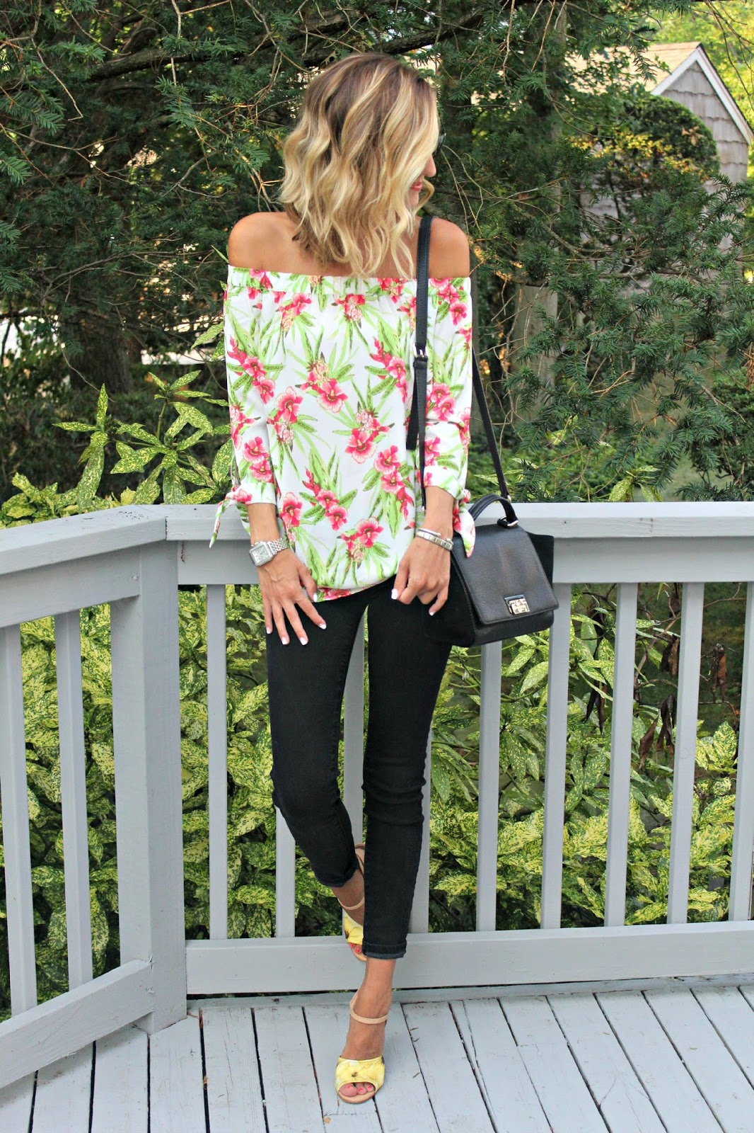 end of summer floral outfit
