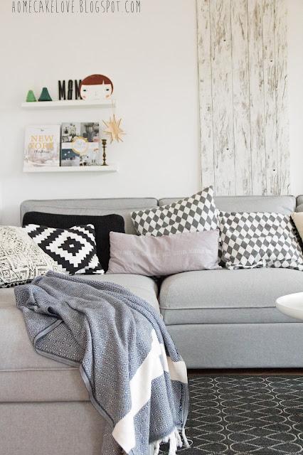 Ikeasofa, neues Sofa von Ikea, Vallentuna von Ikea, Sofa in grau, skandinavisch wohnen,Wohnzimmer,Kissen machen das Sofa noch gemütlicher