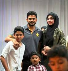 Azhar Ali, Biography, Profile, Age, Biodata, Family , Wife, Son, Daughter, Father, Mother, Children, Marriage Photos.