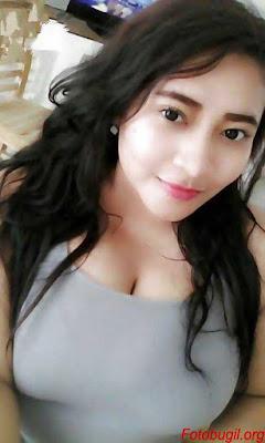 http://www.ceritaseksterbaru.com/2016/08/07/ngentot-dengan-mahasiswi/