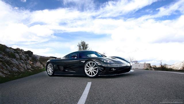 Koenigsegg CCXR Carro Preto Lindo Wallpaper 1600x900