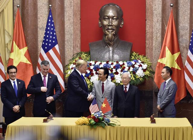 Lễ ký kết của Bamboo và Boeing