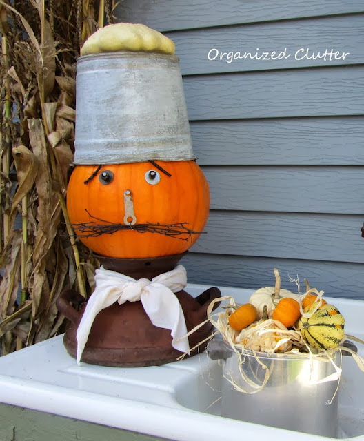Making a Chef Junk Pumpkin http://organizedclutterqueen.blogspot.com/2013/10/how-i-made-pumpkin-into-chef-junk.html