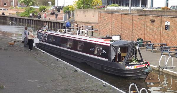 Nottingham Canal: Summer Fun By The Canal Side