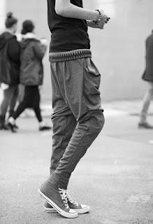 Sebelumnya saya pernah membagikan kepada anda sebuah  13 Cara dan Trik Fashion Membuat Pinggul Besar Terlihat Langsing