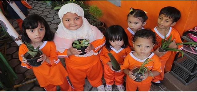 Subhanallah, Anak TK Ini Mendonasikan Tabungannya ke Suriah