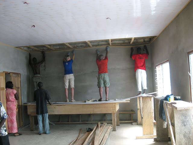comment pr parer un mur pour la peinture d 39 appr t. Black Bedroom Furniture Sets. Home Design Ideas