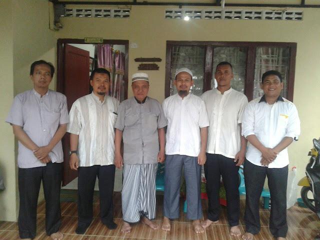 Pererat Silaturahim, PKS Amplas Kunjungi Tokoh Masyarakat