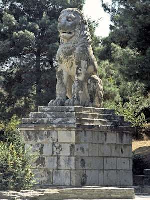 Dig links Lion of Amphipolis to nearby burial-mound