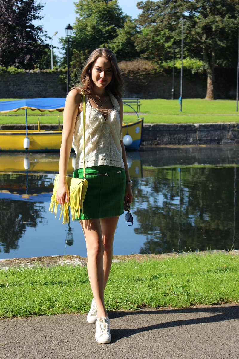 ootd, outfit, colorful, bright colors, green skirt, yellow bag