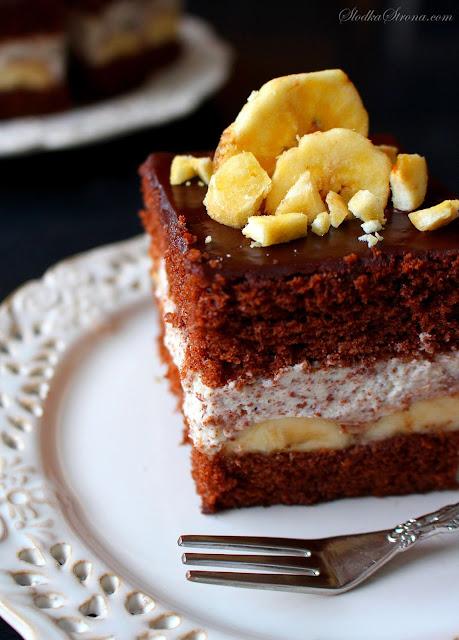 Ciasto Czekoladowe z Kremem Straciatella i Bananami