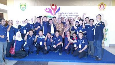 H Iskandar SE Terima Penghargaan Pembina Karang Taruna Terbaik