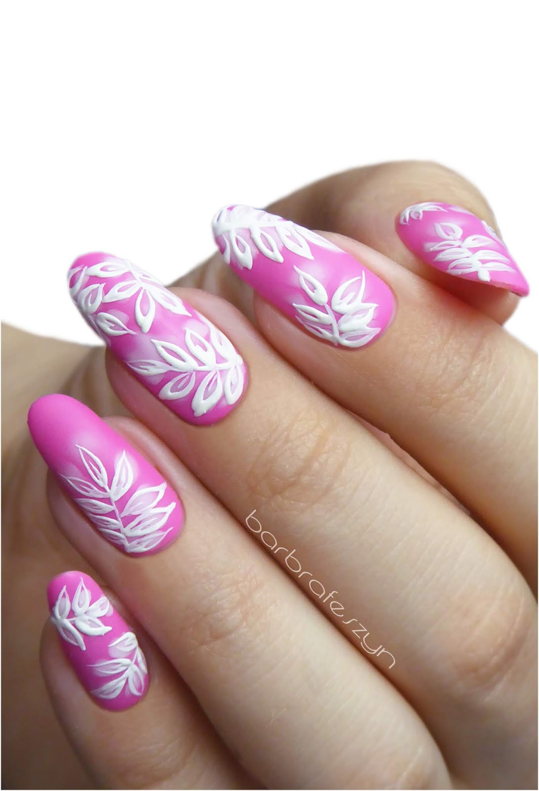 Freehand pink leaves