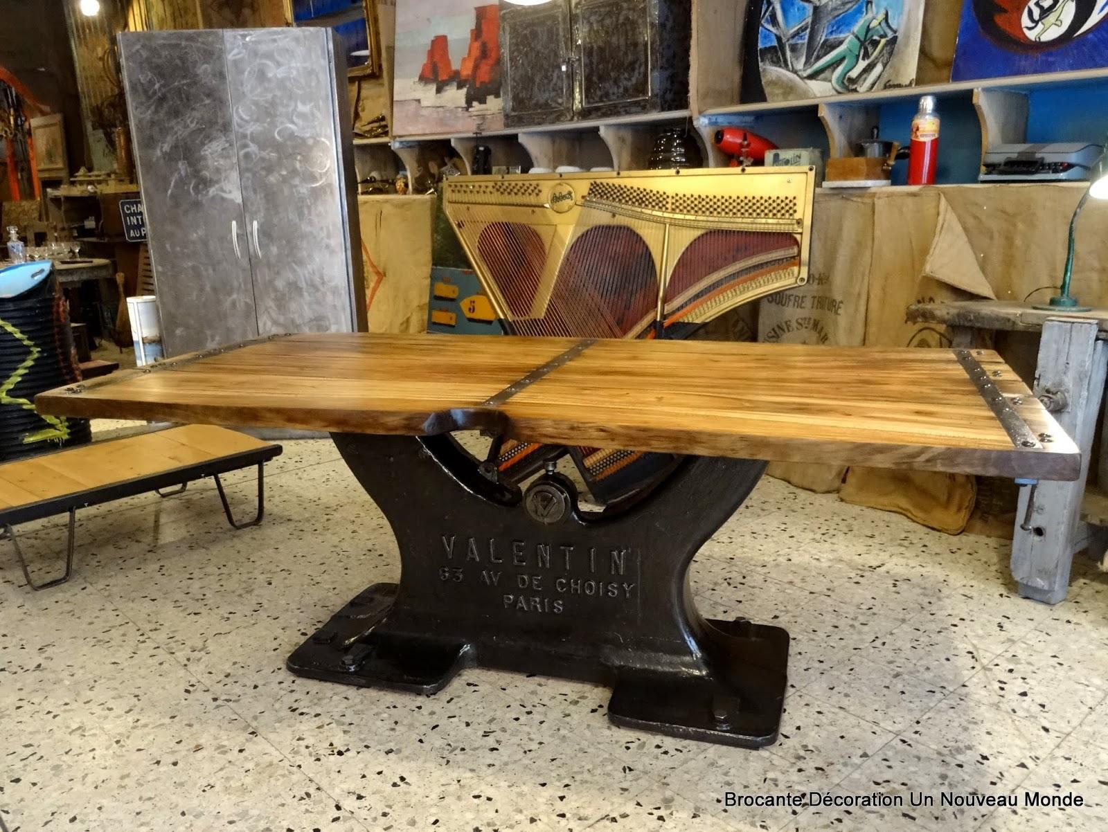 L Atelier De Philippe Table Industrielle Pied En Fonte Et