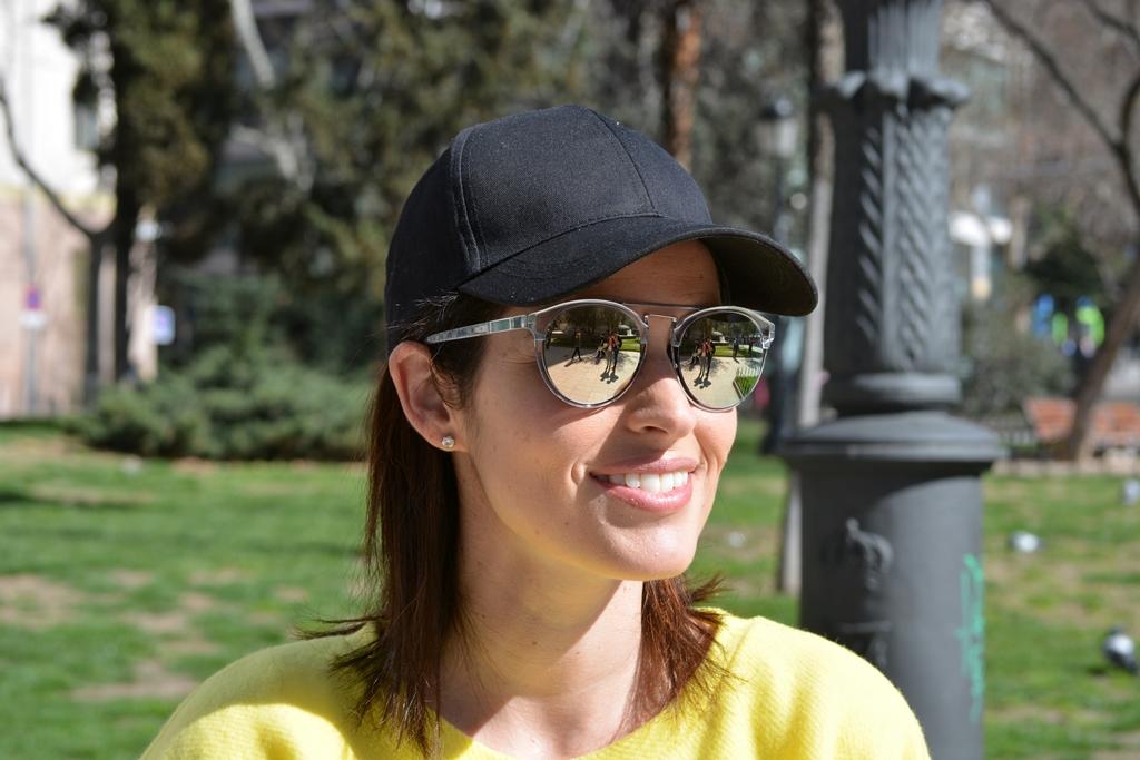 tendencia-gorra-gafas-multiópticas