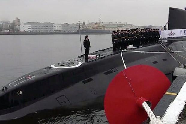 Rusia Luncurkan Kapal Selam Super Siluman Veliky Novgorod