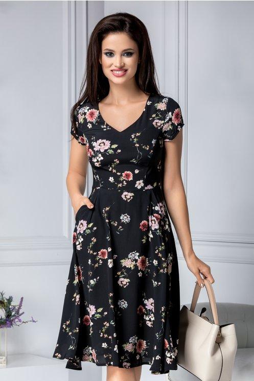 rochie neagra de zi pana la genuchi cu flori si croie in clos pentru vara