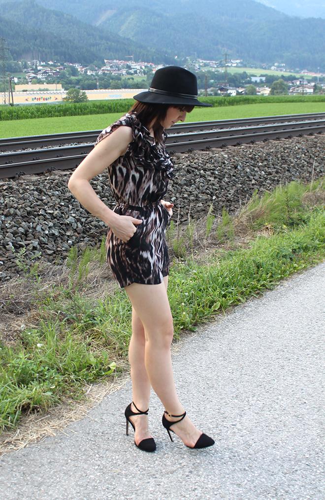 Zara High Heels Pumps samt schwarz Lack Kleiderkreisel