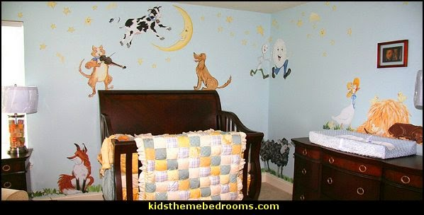 Nursery Rhyme Themed Decorating Moon Stars Le Baby Ideas Storybook