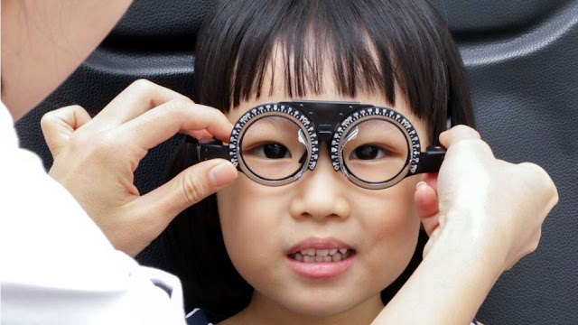 How to train the vision of children not to be myopic