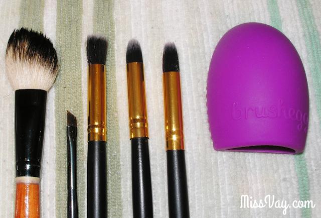 entretien des pinceaux à maquillage
