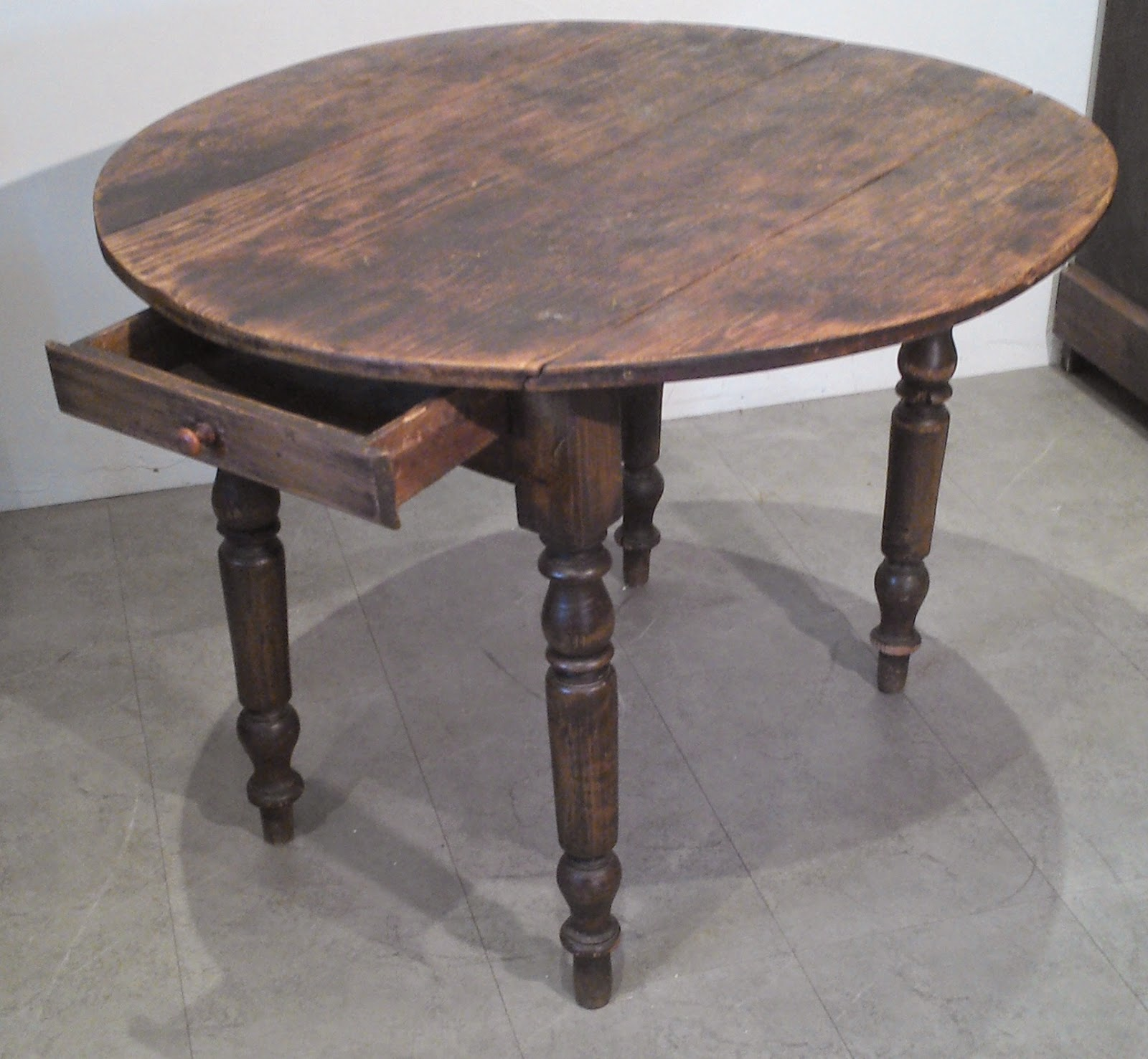ancienne table ronde bois a rabats cuisine bistrot proven al a tiroir. Black Bedroom Furniture Sets. Home Design Ideas