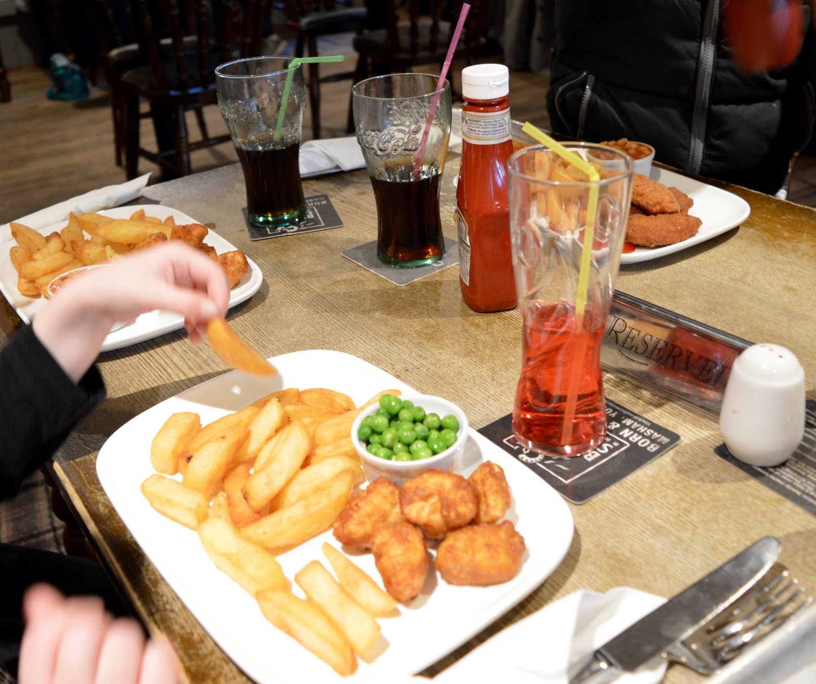The Craster Arms, Beadnell   A Review featuring a very good Northumberland Country Pub.  - children's menu