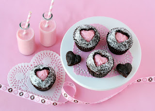 These fun Sweet Heart Cupcakes are quite easy to create!